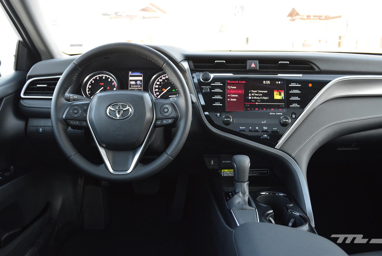 Foto de Toyota Camry (prueba) (12/16)