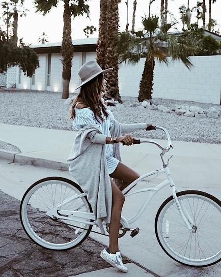 El vestido es la prenda favorita para vestir los días de verano, aunque no es la única