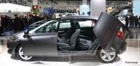Salón de Frankfurt: Toyota Auris y sus curiosas puertas
