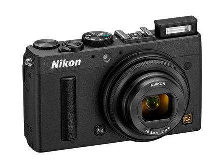 Nikon CoolPix A vista 45 grados