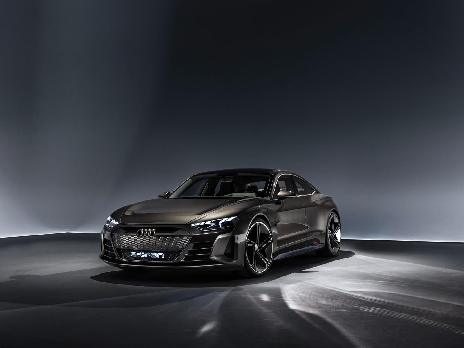 Foto de Audi e-tron GT concept 2018 (32/55)