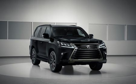 Lexus LX Inspiration Series, el SUV de siete plazas y 367 CV se pasa al 'Lado Oscuro' en esta edición limitada