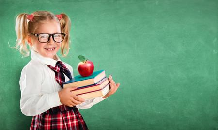Los libros de texto serán gratis en Madrid a partir del próximo curso: cómo participar en el programa de préstamo