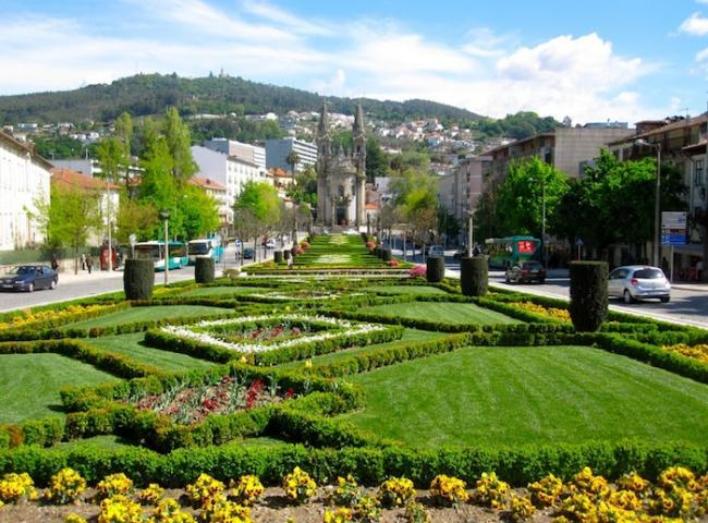 Avenida Guimaraes