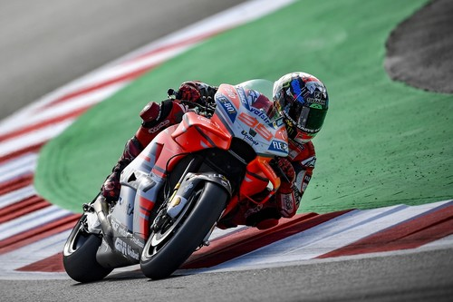 ¡Demoledor! El martillo de Jorge Lorenzo golpea Catalunya para sumar la segunda victoria consecutiva en MotoGP
