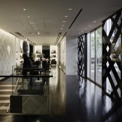 Foto 11 de 14 de la galería burberry-abre-de-nuevo-su-tienda-en-tokio en Trendencias