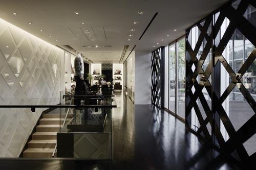 Foto de Burberry abre de nuevo su tienda en Tokio (11/14)
