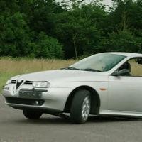 ¿Qué tal se conduce medio Alfa Romeo 156? Lo nuevo de The Grand Tour te saca de dudas