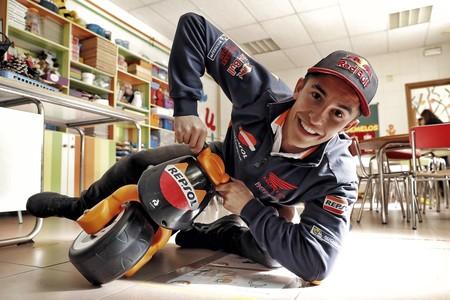 A 153 km/h y 64º, la salvada de Marc Márquez en Valencia impresiona aún más con la telemetría