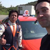 ¡La carrera de tu vida! Pilla un taxi para que te lleven haciendo drifting por el circuito de Ebisu, en Japón