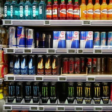 13 bebidas energéticas exceden recomendación de la OMS de ingesta de azúcar. Profeco comparte lista