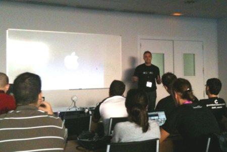 Taller sobre la historia de Apple en CampusMac 2010, impartida por un servidor