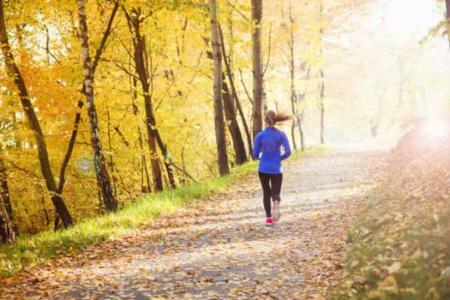 Algunos beneficios de correr en plena naturaleza