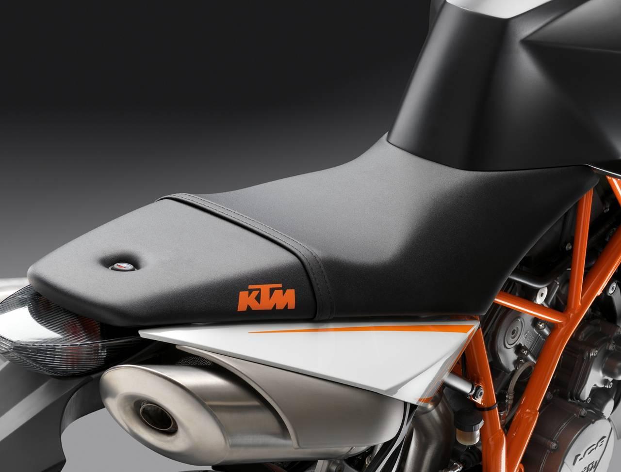 Foto de Resto de novedades de KTM presentada en el Salón de Milán 2011 (23/25)