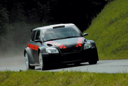 Sainz prueba el nuevo Skoda Fabia Super 2000