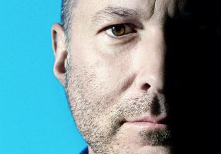 Sables láser, iPhones más grandes y coches: New Yorker habla con Jonathan Ive