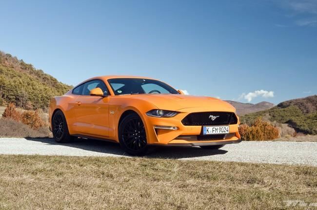 Al volante del Ford Mustang 2018: más potencia y tecnología para el icono americano por excelencia