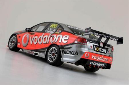 Lewis Hamilton podría correr en alguna carrera de la V8 Supercars en 2010