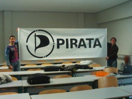 """El Partido Pirata contesta al abogado de Ramoncín y a su plan para acabar con la """"piratería"""""""