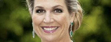 Máxima de Holanda sorprende con un favorecedor vestidazo largo de color verde con un sinfín de transparencias