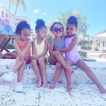 El 'klan' Kardashian-Jenner junior viene pisando con fuerza: 47 estilismos que nos demuestran que son futuras it girls en potencia