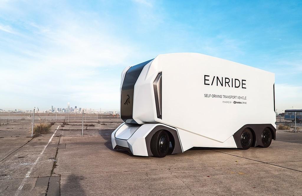 Einride, la compañía detrás del primer camión eléctrico, autónomo y sin conductor de seguridad que sale a una carretera pública