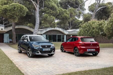 Los coches más vendidos de España en 2021: los SEAT Arona e Ibiza hacen podio, desbancando al Peugeot 2008