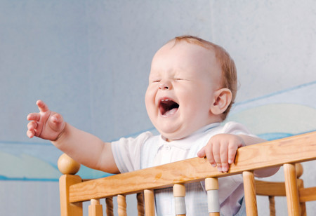 Hospitalizan a una bebé que podría quedarse ciega por el 'Síndrome del Bebé Sacudido'