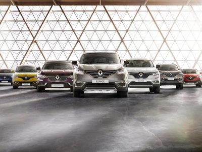 Las ventas de coches en España entronizan a Renault mientras poco a poco van diciendo adiós al diésel