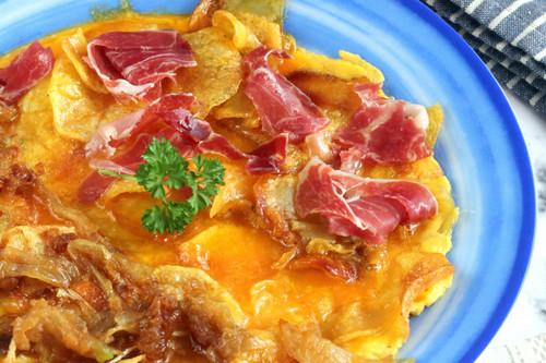 Tortilla vaga o tortilla de patata para extranjeros, la receta de Sacha Hormaechea