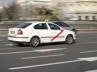 Los taxis intentan evitar el cese de su monopolio