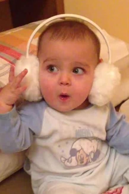 La foto de tu bebé: Alex con sus orejeras