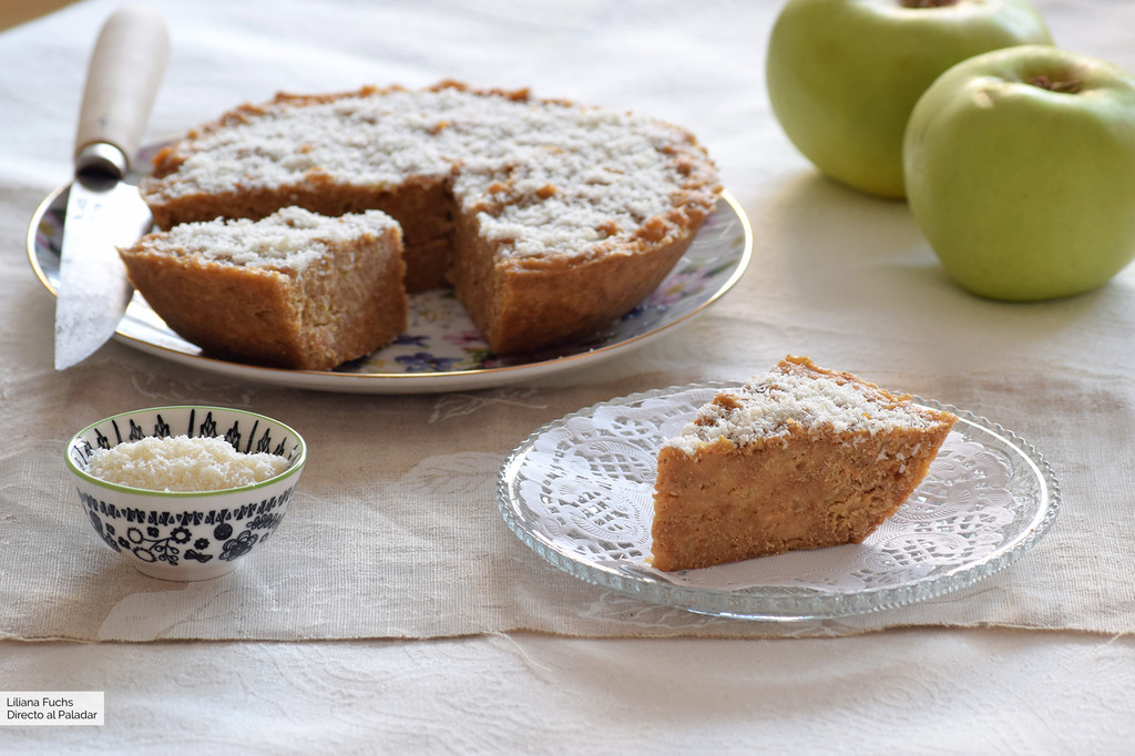 Pastel de manzana y avena integral en microondas, una receta muy sencilla (y nutritiva)