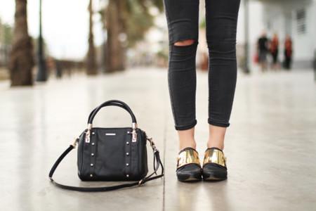 ¡Brilla con tus zapatos (con detalles) metálicos!