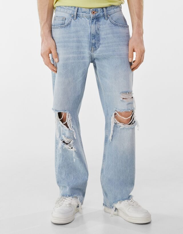 Jeans corte 90's con detalle de rotos y deslavado