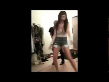 Mucho cuidado Britney que Nicole Richie se pone bailonga