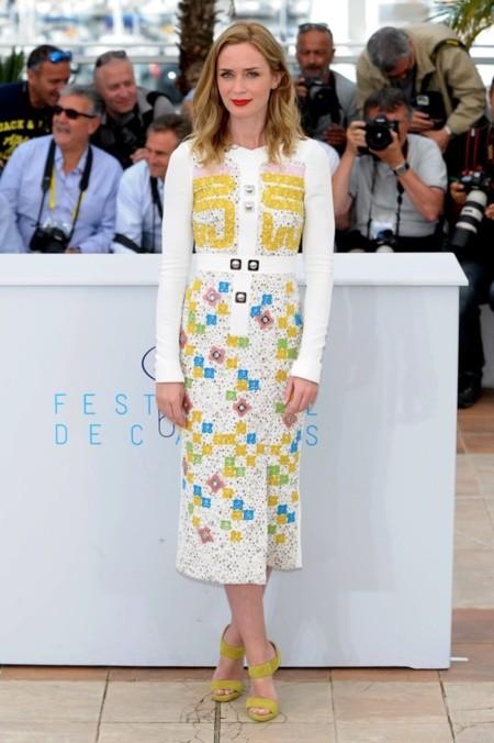 Emily Blunt, perfecta de día y de noche en el Festival de Cannes ¿Con qué look te quedas?
