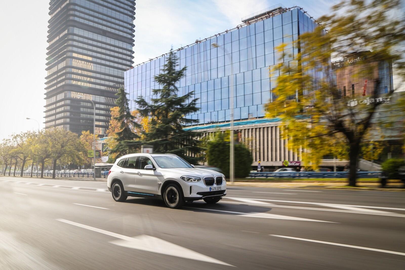 Foto de BMW iX3 (prueba) (8/65)