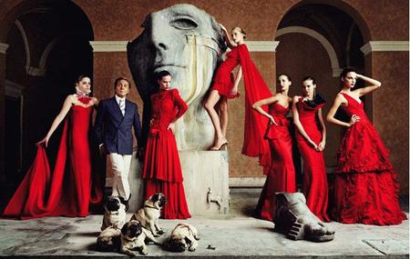 "Valentino Garavani ""toma"" Somerset House"