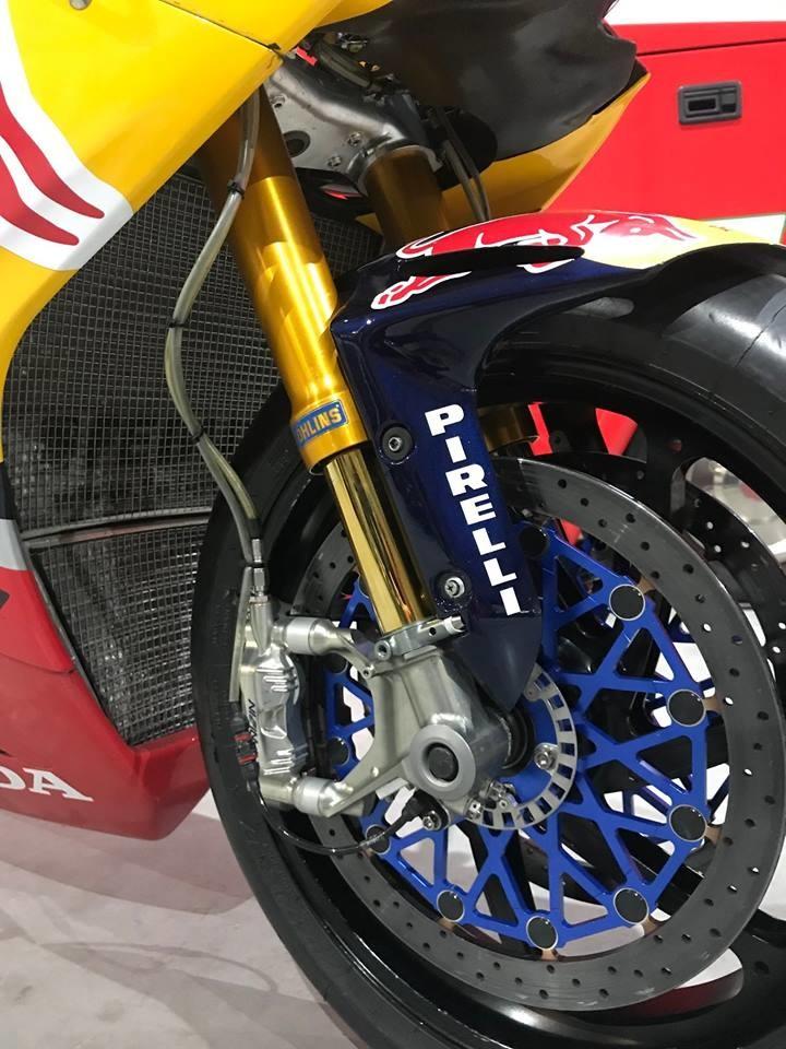 Foto de Honda CBR 1000 RR SP2 (5/8)
