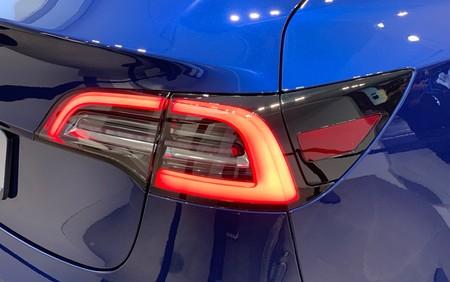 Tesla Model 3 Luz Trasera