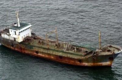 Más de 15 barcos abandonados o perdidos que parecen de película (y algunos se pueden visitar) (II)