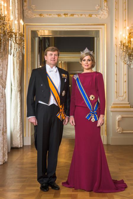 Guillermo IV y Máxima de Holanda ya tienen su foto oficial como rey y reina