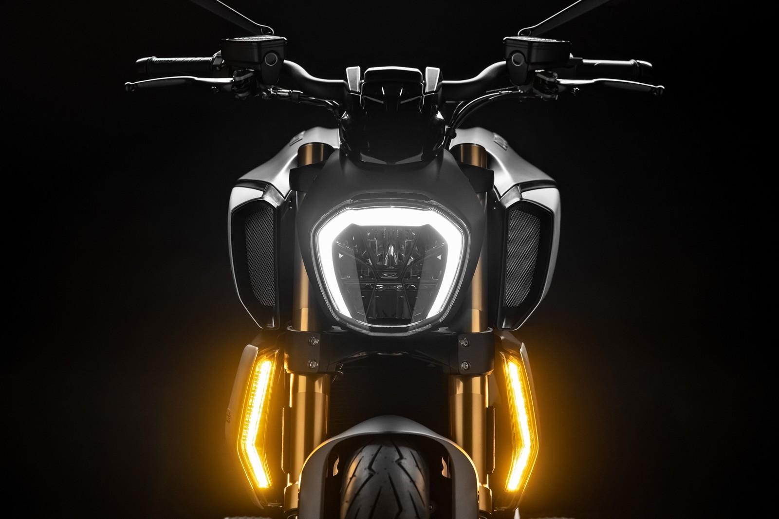Foto de Ducati Diavel 2019 (4/50)