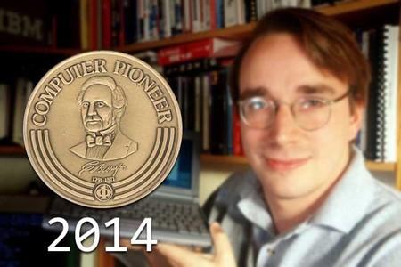 Linus Torvalds recibe el Pioneer Award 2014 de la IEEE Computer Society por su trabajo en el Kernel de Linux