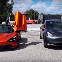 Vídeo: Tesla Model 3 vs McLaren 720S en un drag, ¿nos hemos vuelto locos?