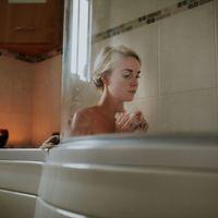 Un baño al año no hace daño, pero ojo con estas bacterias que pueden vivir en tu bañera
