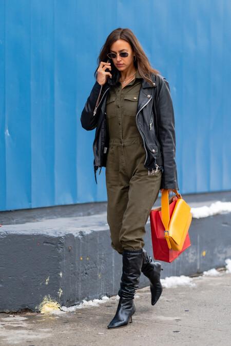 irina shayk mono de trabajo worker street style