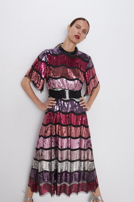 Zara tiene los vestidos de fiesta más espectaculares en su colección de nueva temporada (muchos de edición limitada)