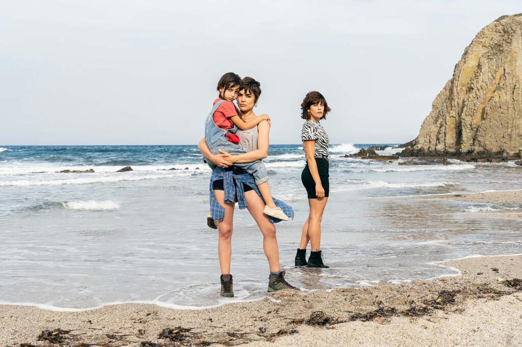 'Heridas': Antena 3 desvela la primera imagen de la adaptación de la serie turca 'Madre' con Adriana Ugarte y María León